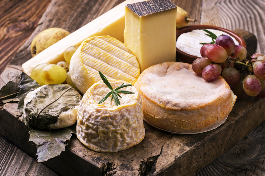 A Classic Cheese And Wine Pairing Idealwine Le Blog Wine News